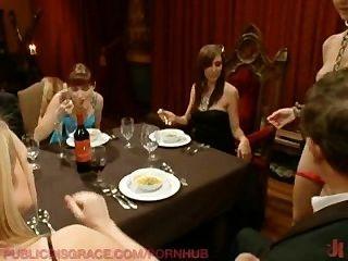 Die Dinner-party