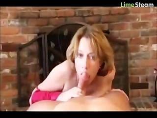 Mutter Hilfe Schritt Sohn