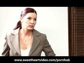 Lesbischen Chef Nutzt Ihre Mitarbeiter