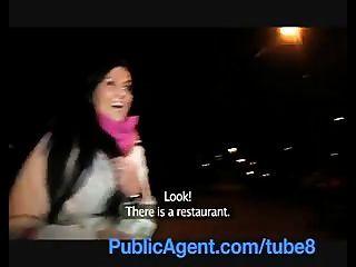 Publicagent Sexy Clair Fickt Mich Im Restaurant Toiletten