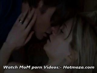 Schritt Sohn Ficken Schritt Mom, Während Papa Volle Video An Ist Out - Hotmoza.com
