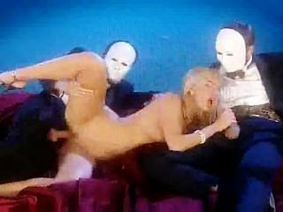 Sophie Evans Wird Von Maskierten Männern Dped