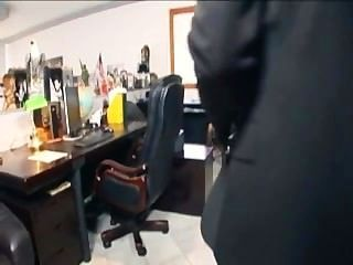 Blonde Sekretärin Mit Brille Im Büro In Der Wäsche Verdammt