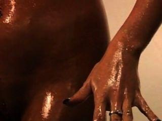 Klassische Sexstation Camilla Pre-boobjob