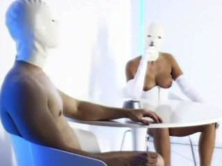 Heiße Weiße Latex-maske Dame, Die Eine Verworrene Zigarre Rauchen Blowjob