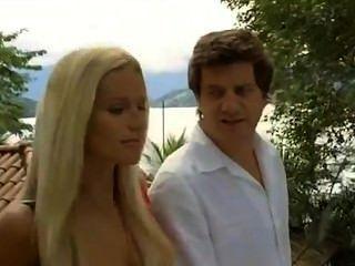 Michelle Hunziker - Natale A Rio