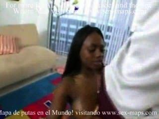 Afrikanische Prostituierte Mit Einheimischen Touristen.