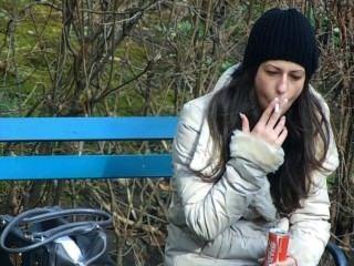 Rauchen Süße Dame [teil 1]