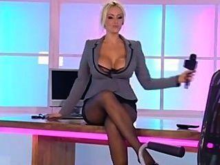 Lucy Zara In Der Rlc Büro